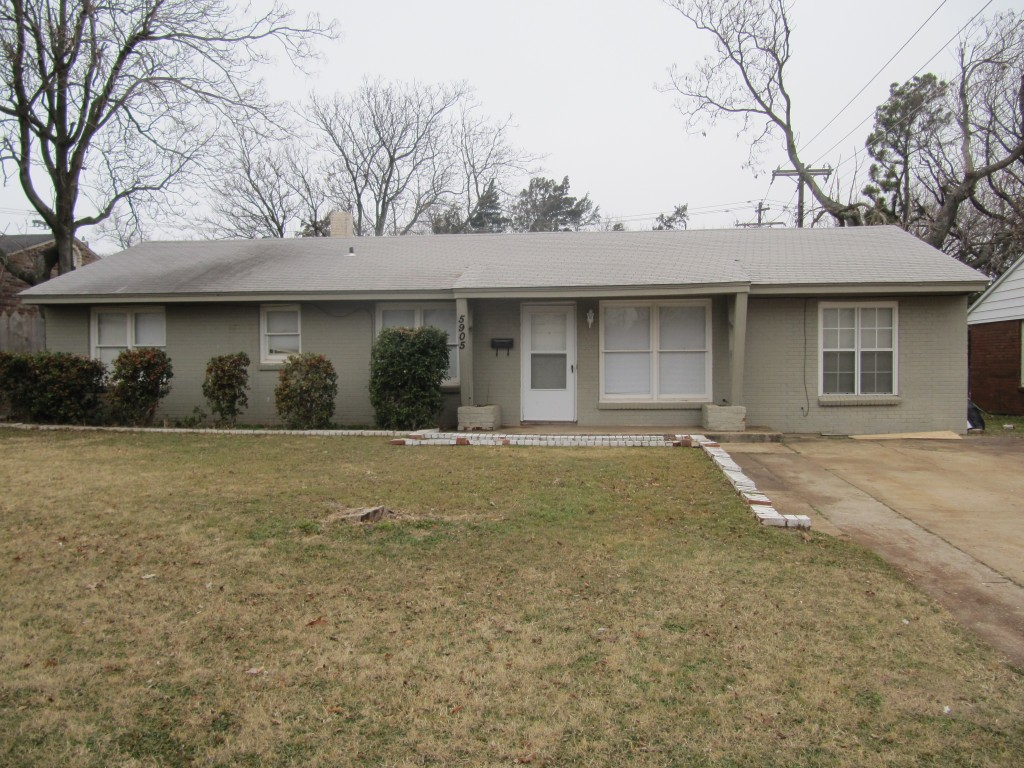 Putnam City, Warr Acres 4/2 – Available NOW. By new Capps Middle School